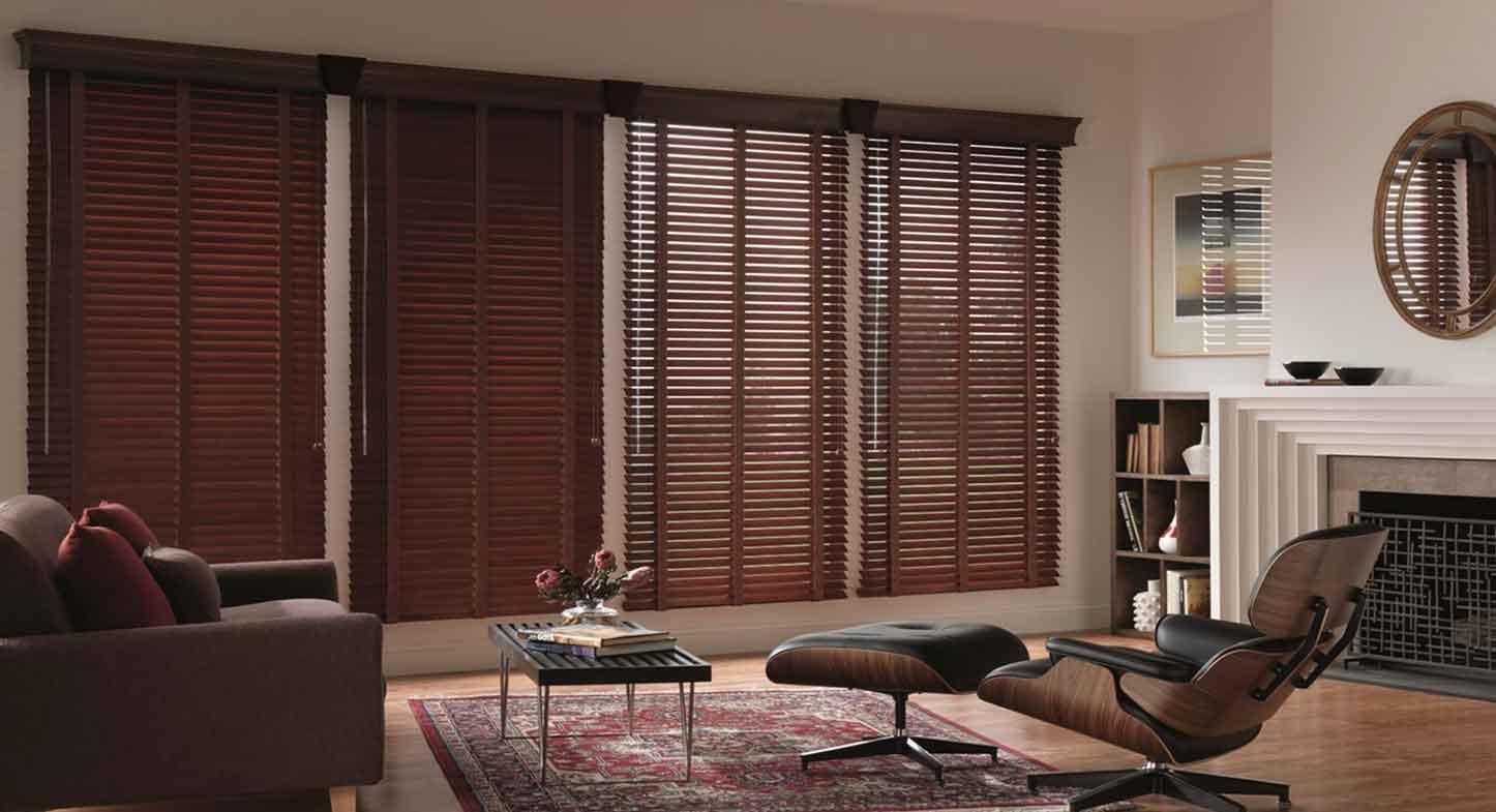 C mo limpiar tus persianas de madera for Ventanas con persianas incorporadas