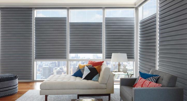 Cómo un par de cortinas nuevas pueden renovar cualquier habitación