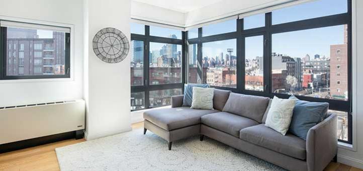 Las mejores cortinas y persianas para ventanas ubicadas en las esquinas