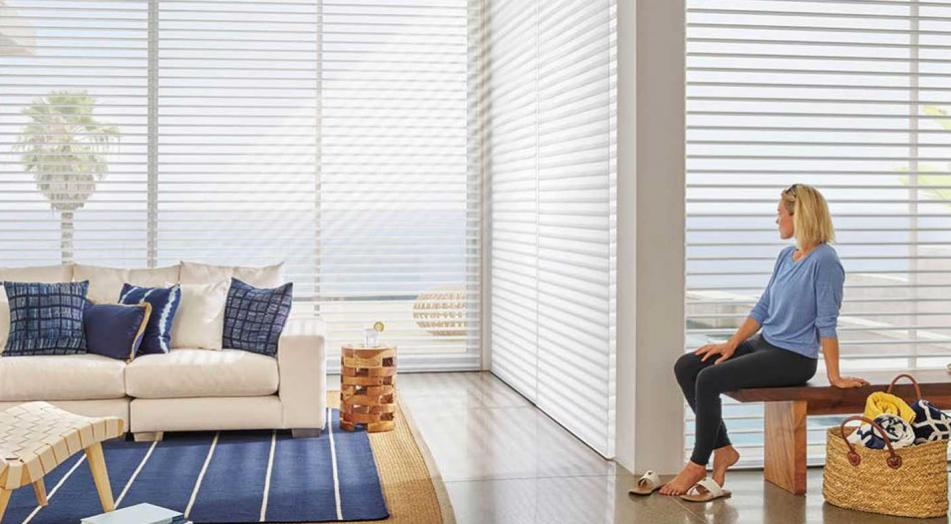 Ideas para decorar con cortinas de techo a suelo