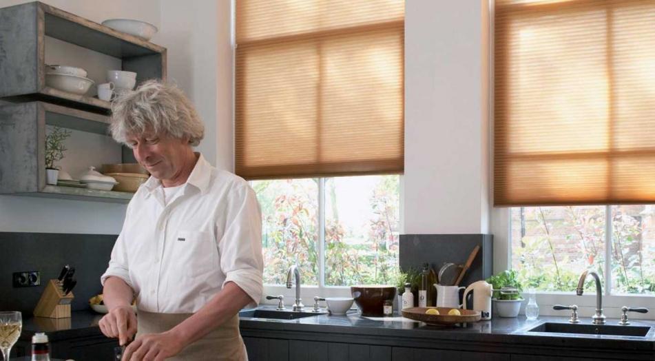 5 modelos de cortinas para modernizar tu cocina