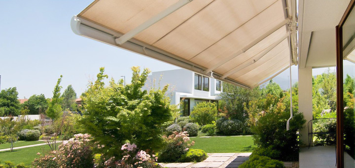 Hunter Douglas toldo patio sol